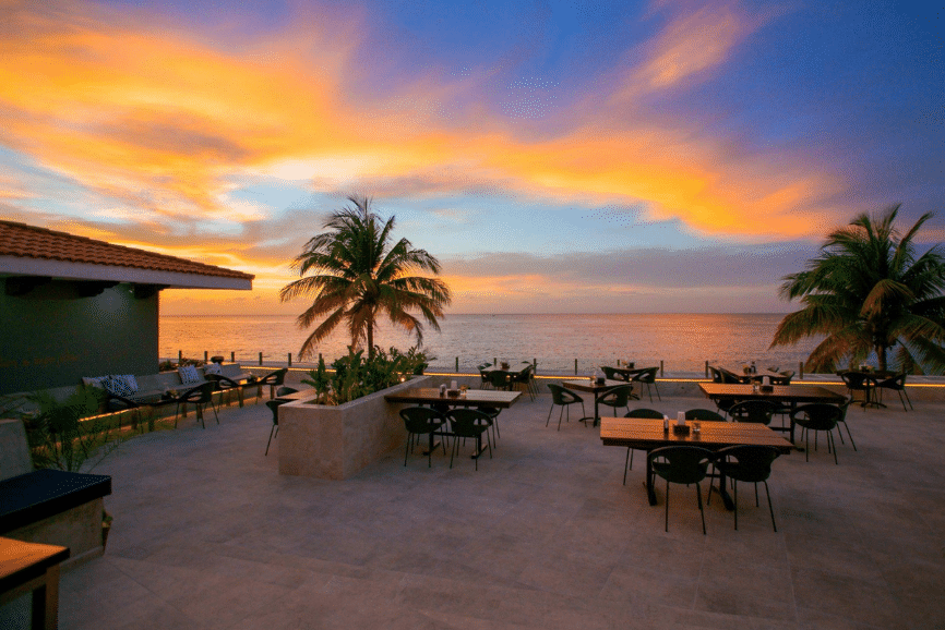 Buccanos at Night. One of the best restaurants in cozumel