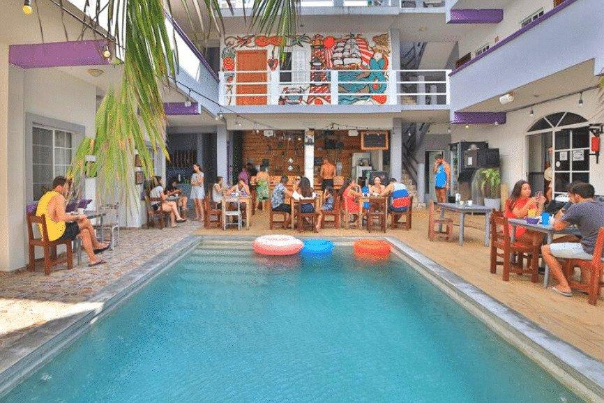 Balu Hostel And Bar, A Best Hotel In Isla Mujeres