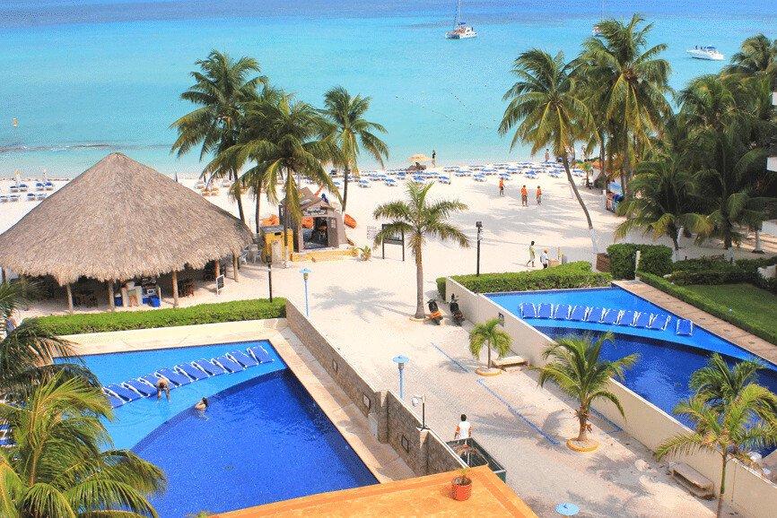 Ixchel Beach Hotel, A Best Hotel In Isla Mujeres