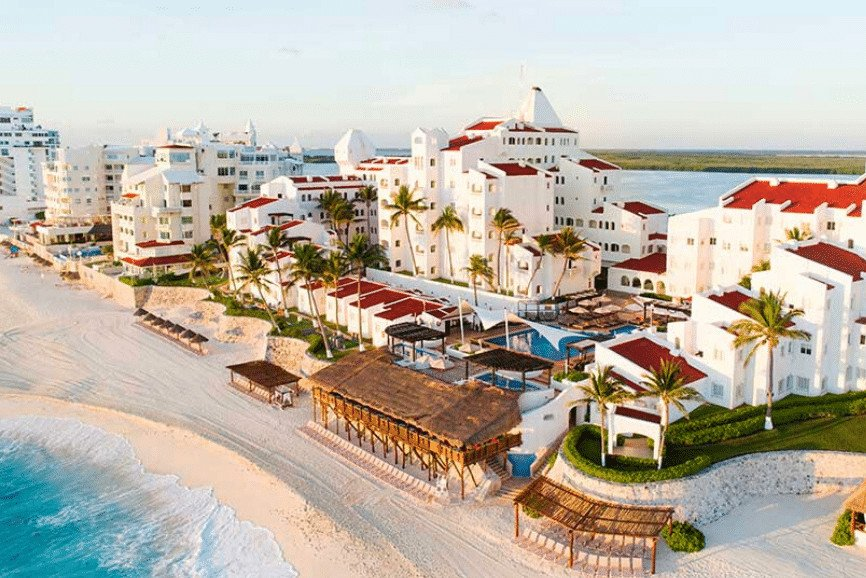 GR Caribe By Solaris. One Of The Best Places To Stay In Cancun.