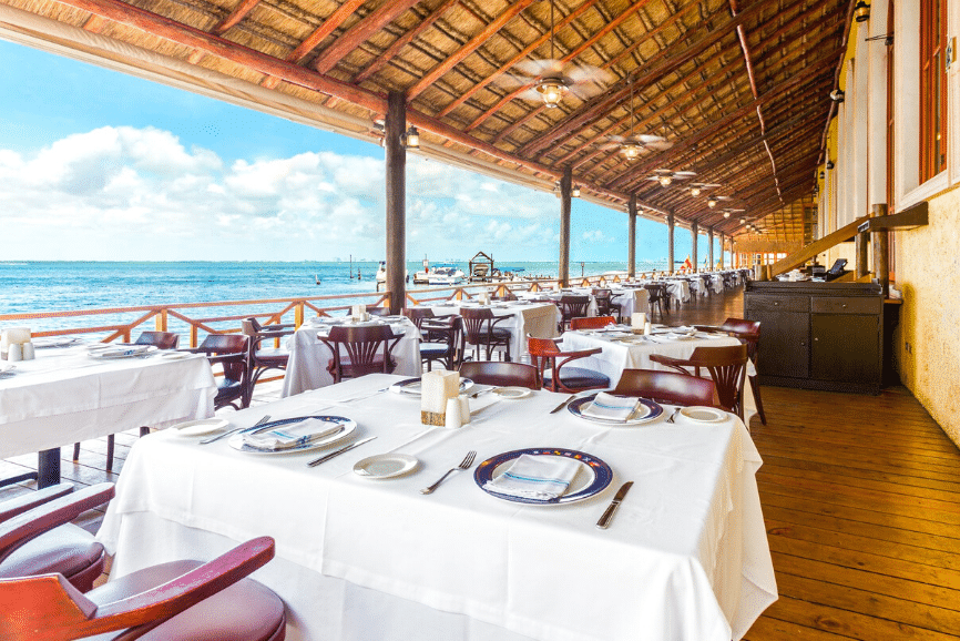 Captain's Cove, one of the best restaurants in cancun