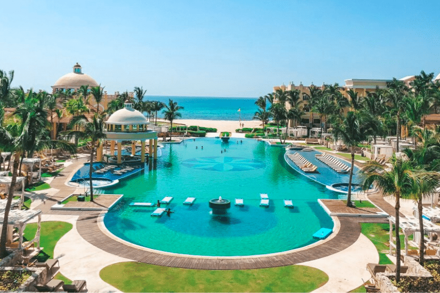 Iberostar Grand Paraiso, one of the best hotels in playa del carmen